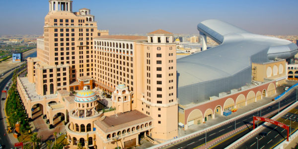 Mall of the Emirates Exterior (4)